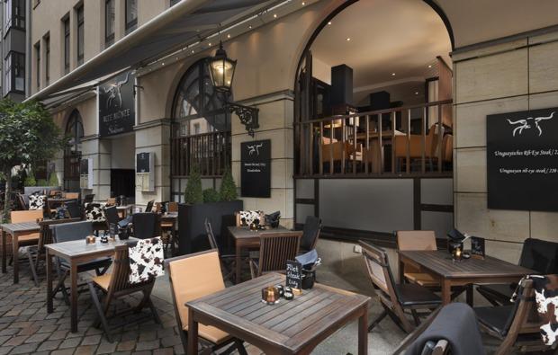 staedtereise-dresden-terrasse