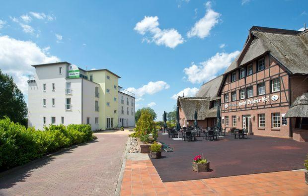 romantikwochenende-gross-stroemkendorf-ausblick