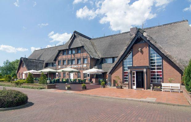 romantikwochenende-gross-stroemkendorf-hotel