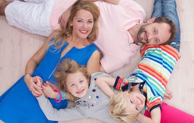 familien-fotoshooting-muenchen-viereckjpeg