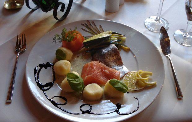 candle-light-dinner-fuer-zwei-schiltach-geniessen