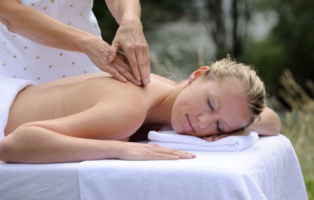 kuschelwochenende-penk-massage