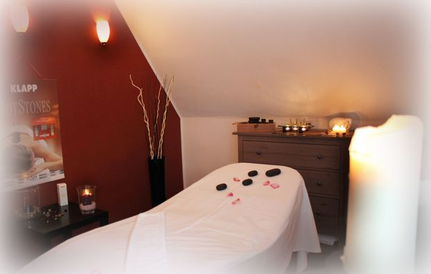 hot-stone-massage-bad-salzuflen-massageraum