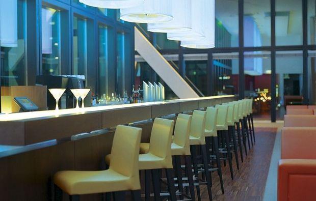romantikwochenende-basel-bar