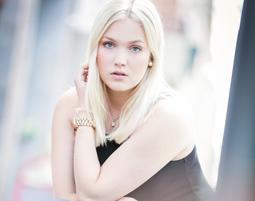 Outdoor-Fotoshooting - Aschaffenburg inkl. Make-Up, 5 Prints & 5 Bilder digital, ca. 2 Stunden