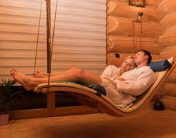 Wellnesstag für Zwei Floating, Sonnenwiese, Aromaölmassage, Himalayasalz-Ruheraum