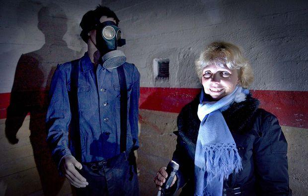 bunkerfuehrung-hagen-gasmaske