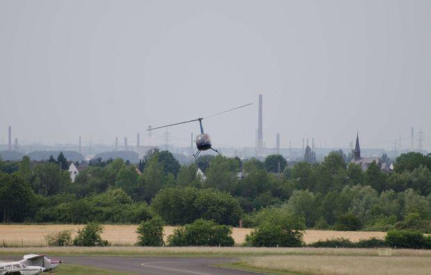 hubschrauber-privatrundflug-muelheim-ruhr-helikopter