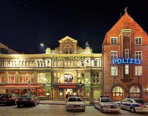 Crime & Dine verruchtes Hamburg Stadtführung St.Pauli und Rotlichtviertel mit Krimi & Dinner