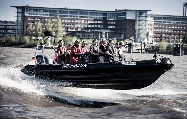 speedboot-fahren-hamburg-wasser