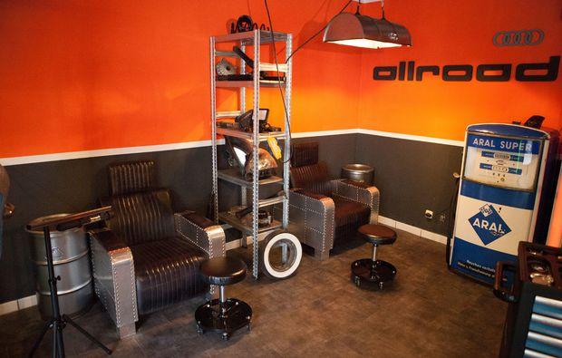 manikuere-muenchen-gents-garage-behandlungsbereich