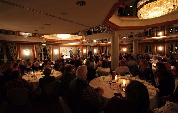 magic-dinner-essen-unterhaltung