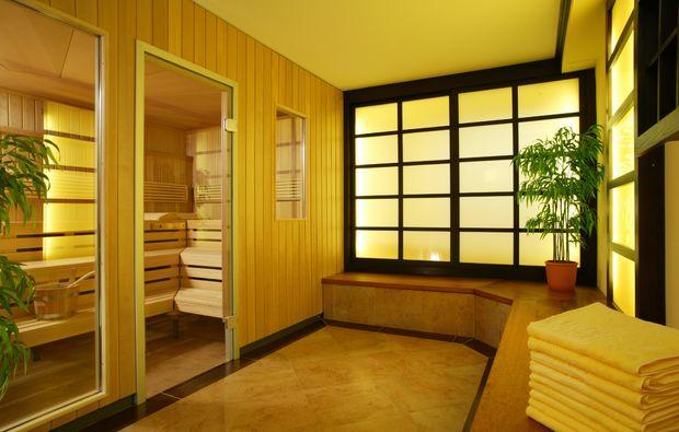 shopping-wochenende-bremen-holz-sauna-hot