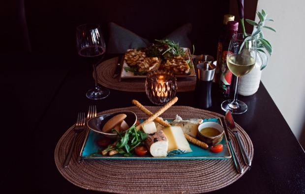 abendliche-schifffahrt-dinner-koeln-bg4