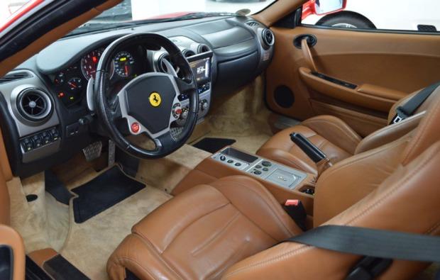 ferrari-fahren-duisburg-cockpit