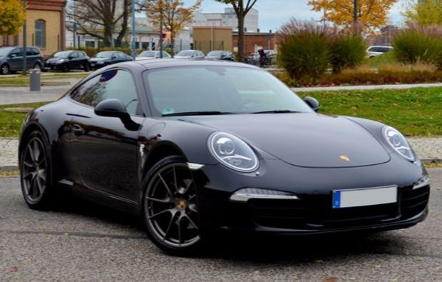 porsche 911 carrera fahren in hamburg als rasante. Black Bedroom Furniture Sets. Home Design Ideas