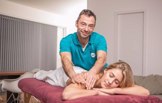 mobile-massage-muenchen-ruecken-nacken