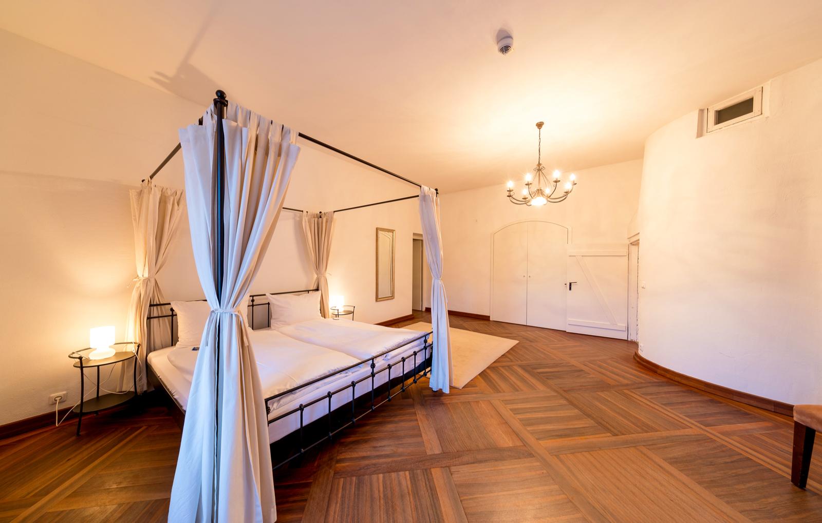 schlosshotels-arnstorf-mariakirchen-bg21625483230