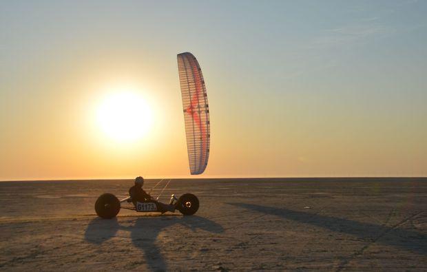 strandsegeln-borkum-sonnenuntergang