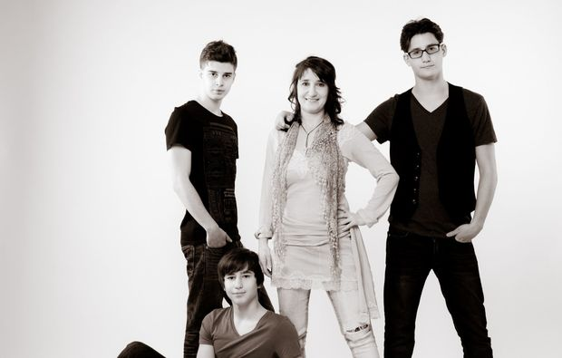 familien-fotoshooting-innsbruck-crazy