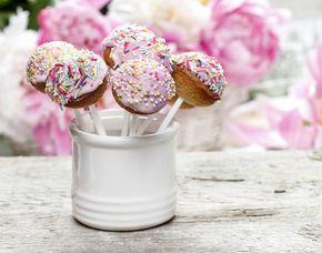 Kuchen & Desserts (Cupcakes, Cakepops, Macarons) Cupcakes, Cake Pops & Macarons