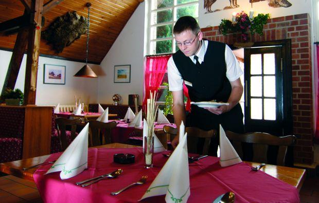 kurzurlaub-am-meer-gross-stroemkendorf-gastronomie
