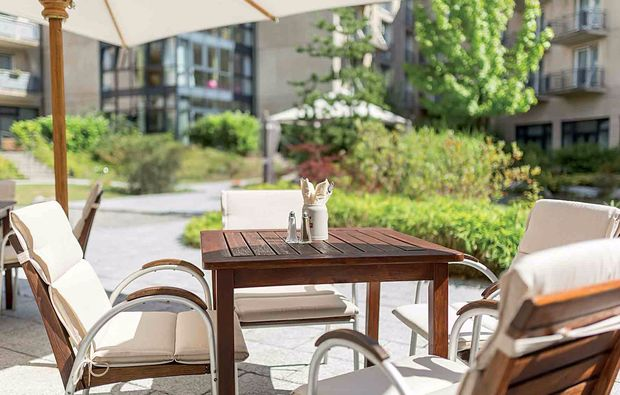 staedtereise-berlin-terrasse