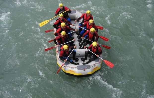 schlauchboot-tour-mayrhofen-erlebnis