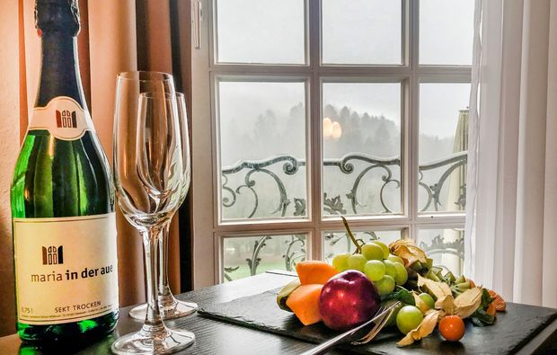 hotel-wermelskirchen-sekt-obst