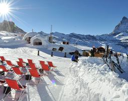 Iglu-Übernachtung   Zermatt im 6er-Iglu - Käsefondue