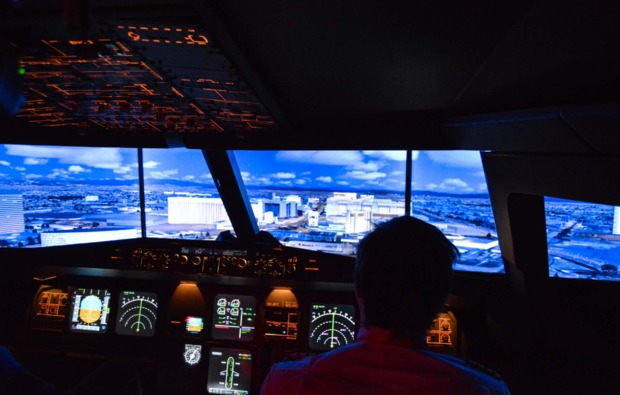 3d-flugsimulator-b737-wiesbaden-ueberflug