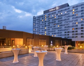 Städtetrip Hilton Düsseldorf 2 ÜF - Hilton Düsseldorf Hilton – Inkl. Frühstücksbuffet
