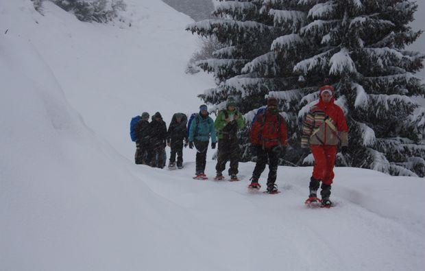 schneeschuh-wanderung-schneizlreuth-winter