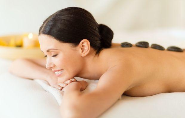 bergisch-gladbach-hot-stone-massage