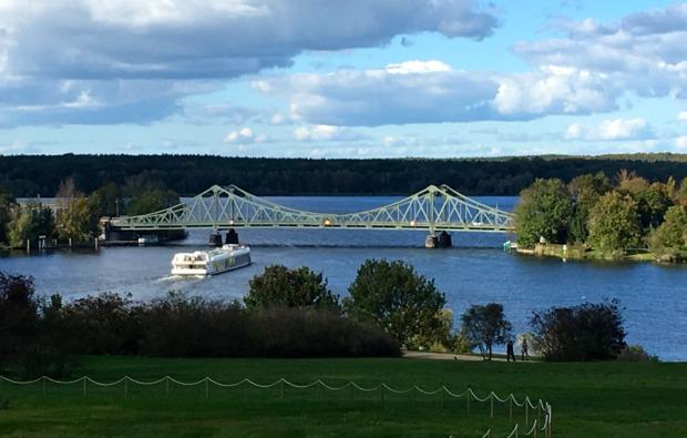 segway-panorama-tour-potsdam-glienicker-bruecke
