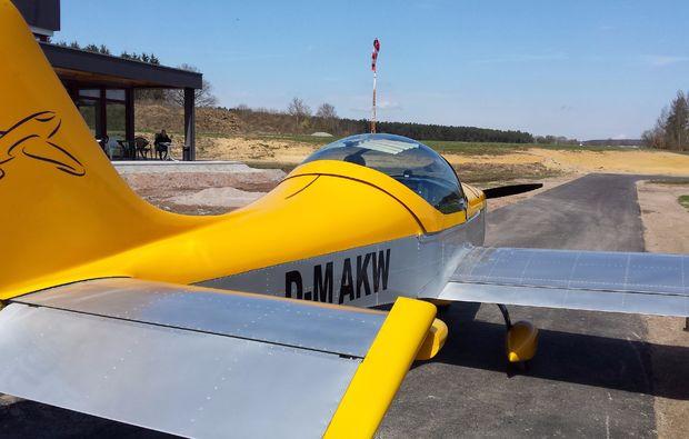 flugzeug-rundflug-regensburg-30min-ul-gelb-silber-2