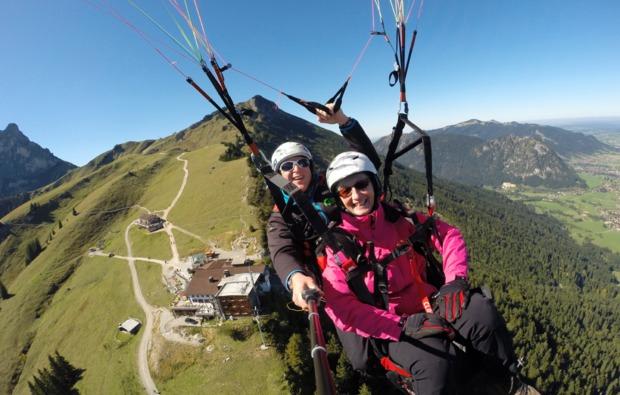 gleitschirm-tandemflug-pfronten-45min-mid-air-1