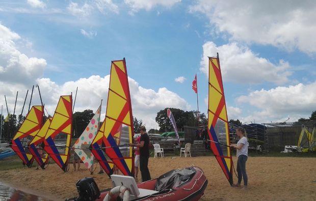 windsurfen-schnupperkurs-1-stunde-zuelpich-segel