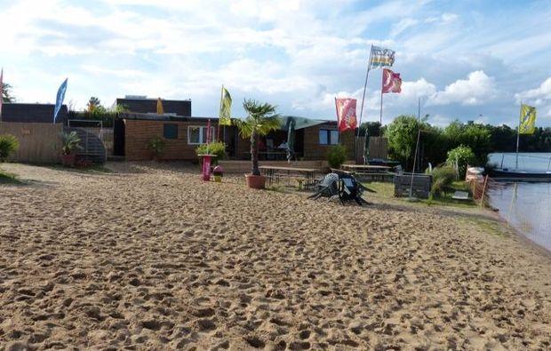 windsurfen-schnupperkurs-1-stunde-zuelpich-strand