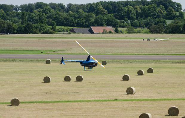 hubschrauber-privatrundflug-thalmaessing-30min-mid-air-1