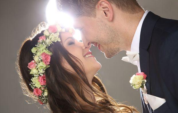hochzeitsfotograf-muenchen-kuss