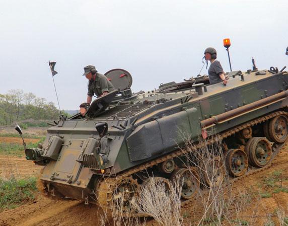 Schützenpanzer selber fahren - 30 Min. Schützenpanzer FV 432 MK2 - 30 Minuten