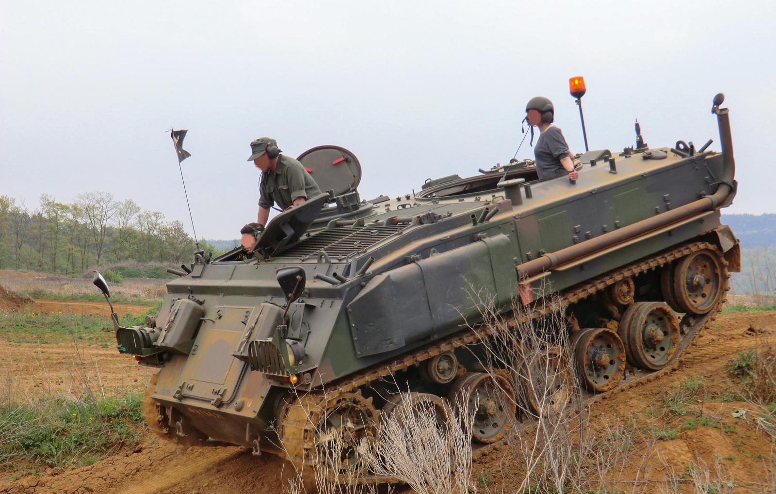 schuetzenpanzer-selber-fahren-30-min-bg1