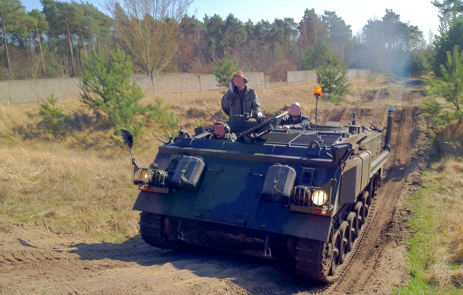 schuetzenpanzer-selber-fahren-30-min-bg4