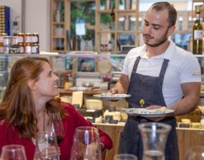 Wein & Käse Verkostung von 5 Weinen & 5 Sorten Käse