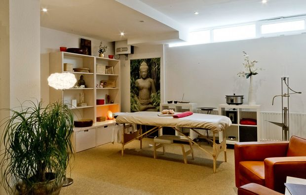 klangschalenmassage-augsburg-massageraum