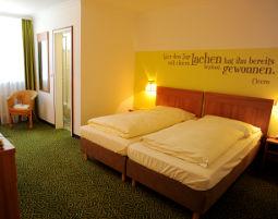 Zauberhafte Unterkünfte für Zwei  Thyrnau Hotel Lindenhof