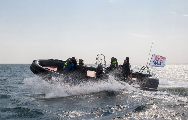 speedboot-fahren-neustadt-in-holstein-boot