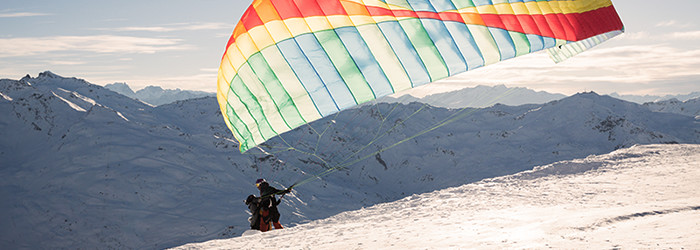 Winter-Gleitschirm-Tandemflug