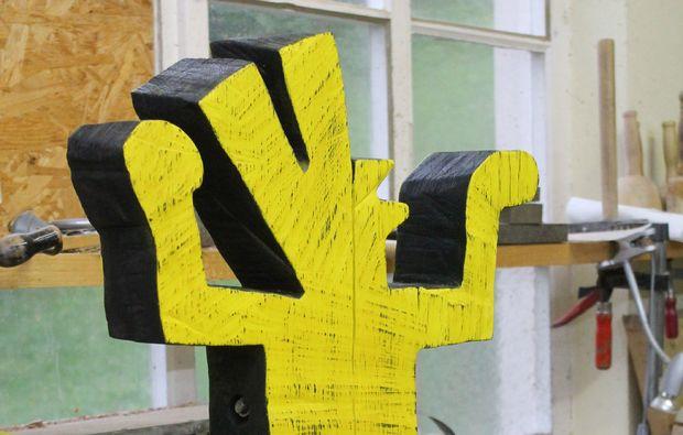 moderner-bildhauer-workshop-neckartenzlingen-handwerk